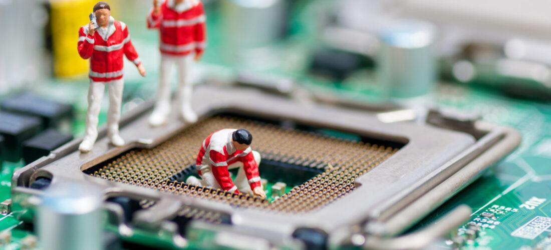 Group of paramedics recovering damaged CPU